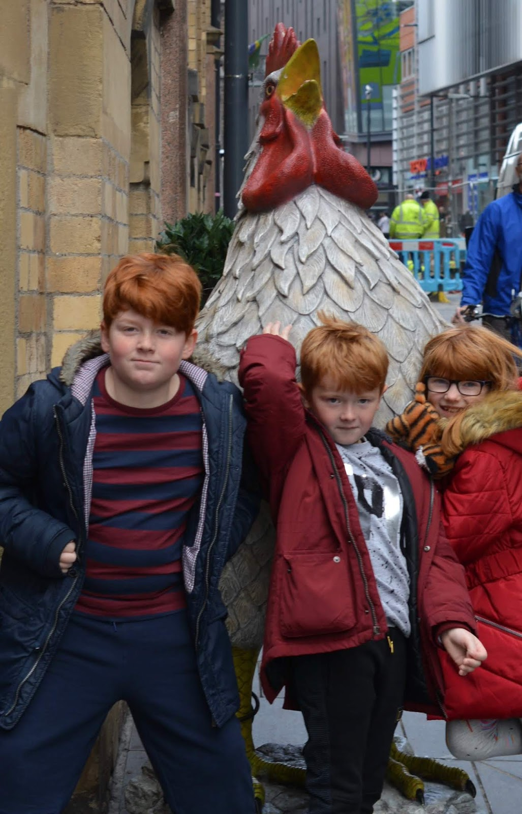 How to Spend 24 Hours in Liverpool with Tweens - Yard and coop giant chicken