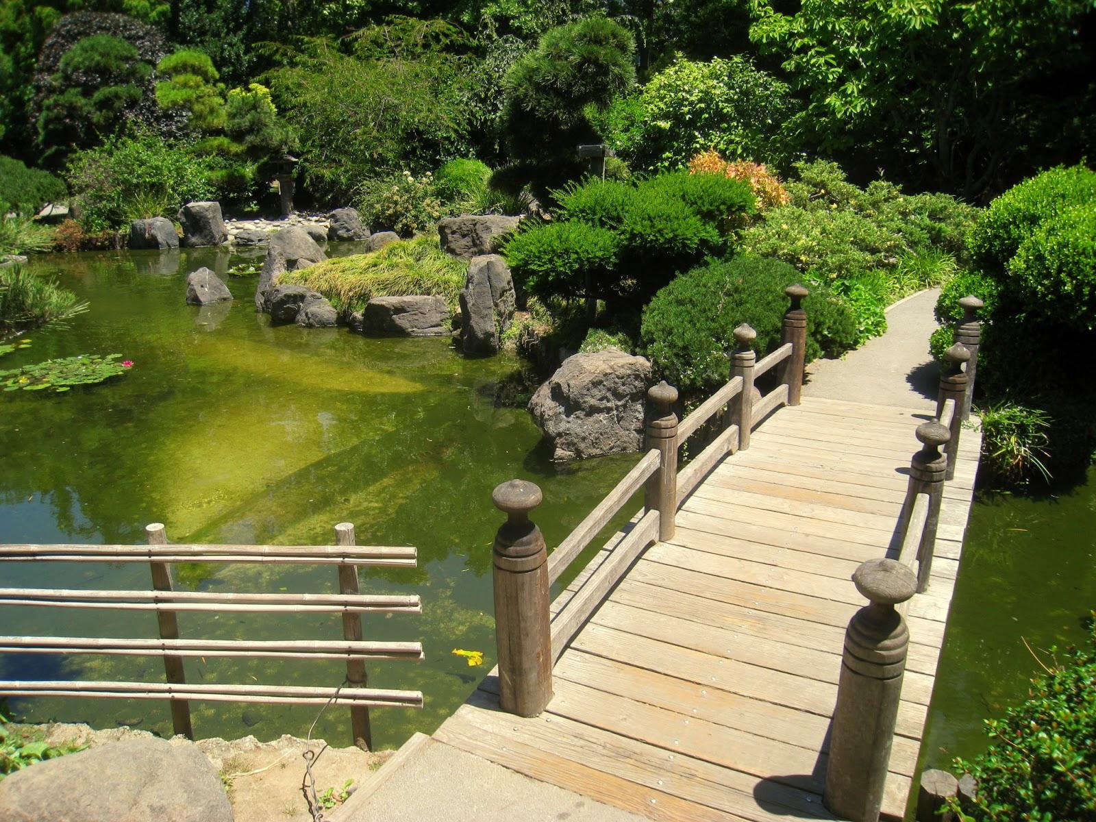 Garden Small Bridge Pond