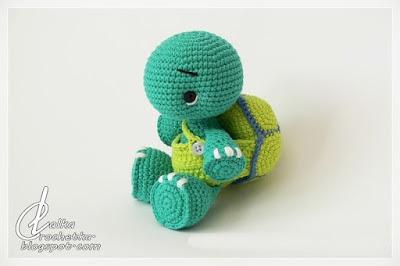 http://lalkacrochetka.blogspot.com.es/2017/07/ale-turtle-ale-zowik.html?spref=pi