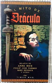 Portada del libro El mito de Drácula, de varios autores
