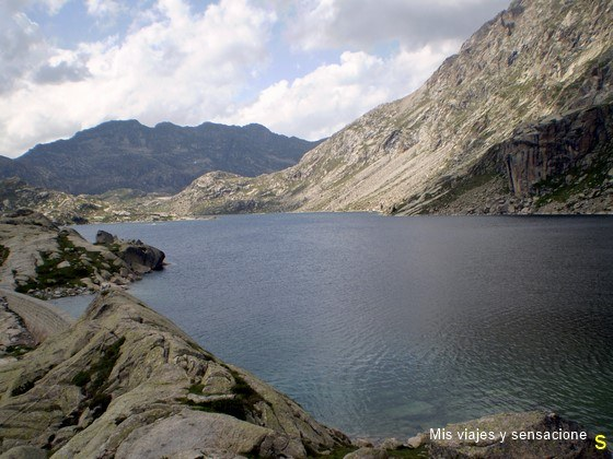 Lago de Tort, Parque Nacional de Aigüestortes, Lleida