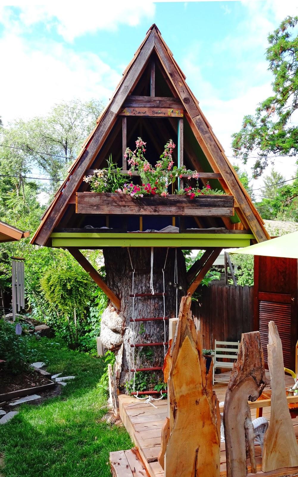 Gnome Tree Stump Home: Boise Daily Photo: June 2013