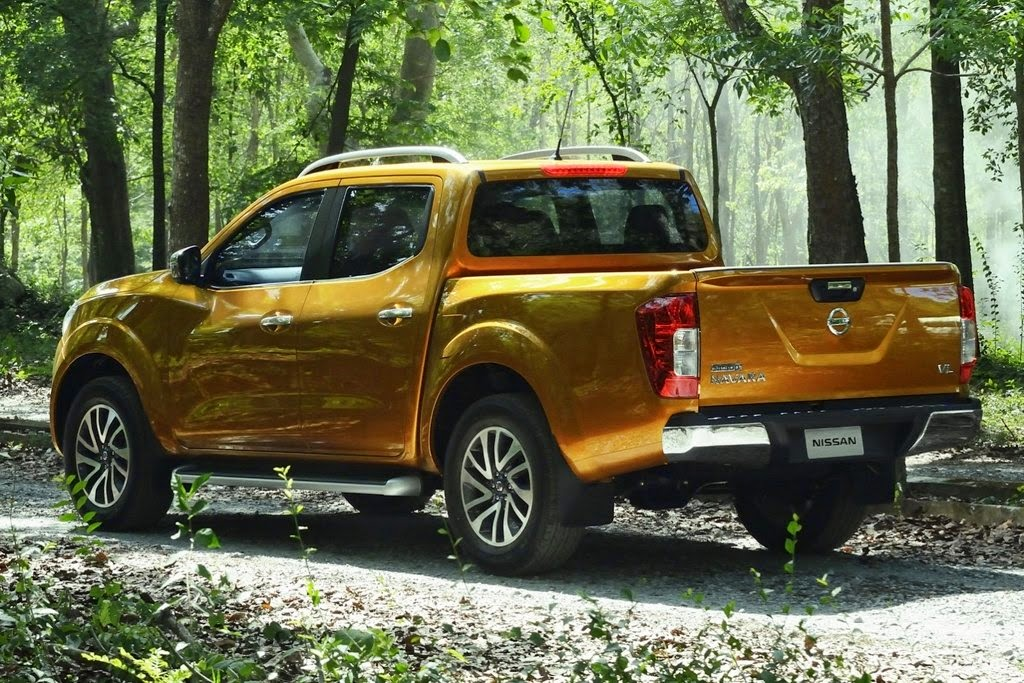 nissan 2015 navara pickup truck rideonwheelz. Black Bedroom Furniture Sets. Home Design Ideas