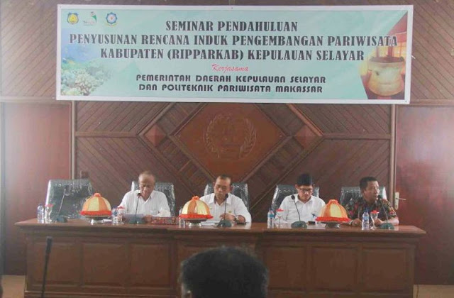 Kepala Bappelitbangda, Buka Seminar RIPPARKAB