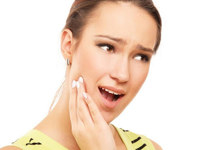 Nguyên nhân & cách chữa răng ê buốt hiệu quả