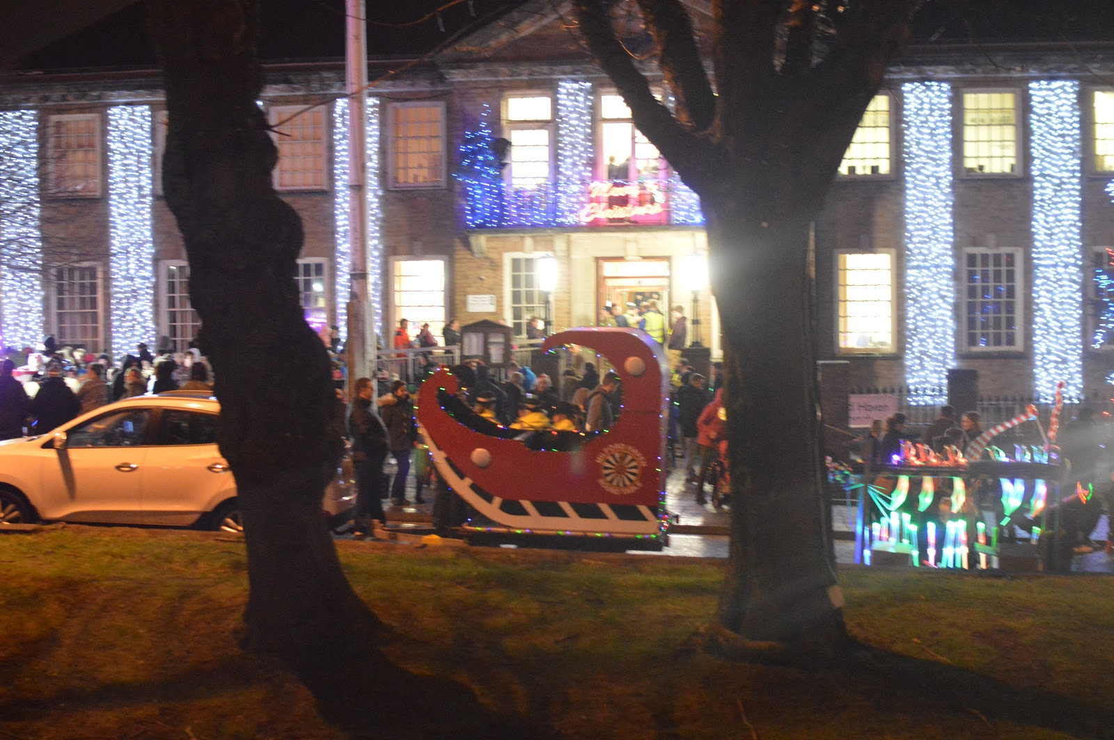 , The Lantern Parade – Christmas Traditions