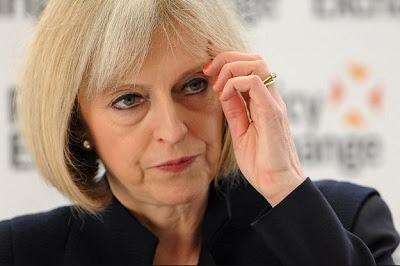 British PM Loses Majority, Faces Pressure to Resign