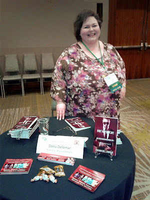 Dana Delamar, author of the Mafia romance Blood and Honor series