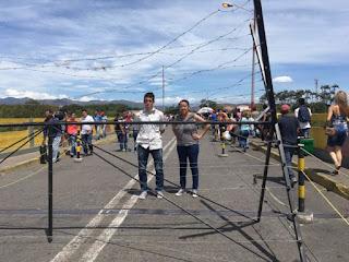 Lo que se vive en el puente fronterizo Simon Bolivar es una tragedia