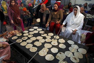 gst-makes-trouble-for-gurudwara-langar