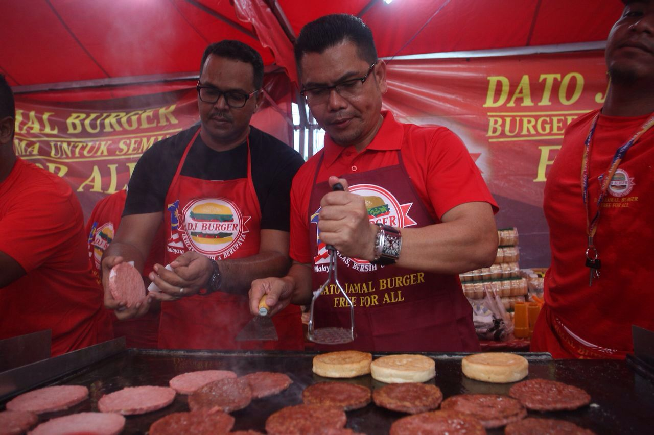 Dato56 Dato Kelenjeridze: Putra Merdeka: PRK Sg Besar