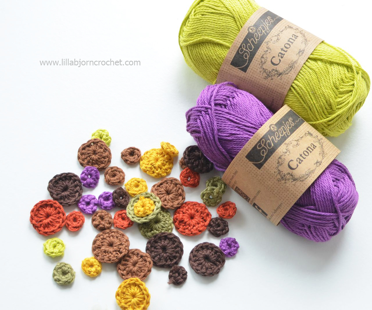 Colourful crochet circles with cotton yarn
