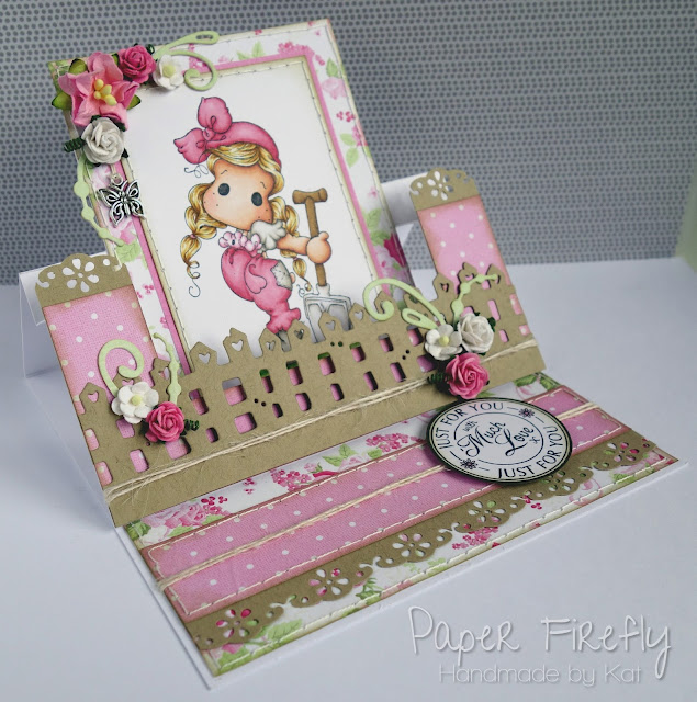 Swing easel card with Tilda in the garden