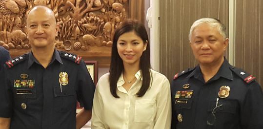 Angel Locsin and Ejay Falcon Personally Thanked And Saluted The PNP-SAF For Supporting Them In The MMK Tribute For the Fallen 44