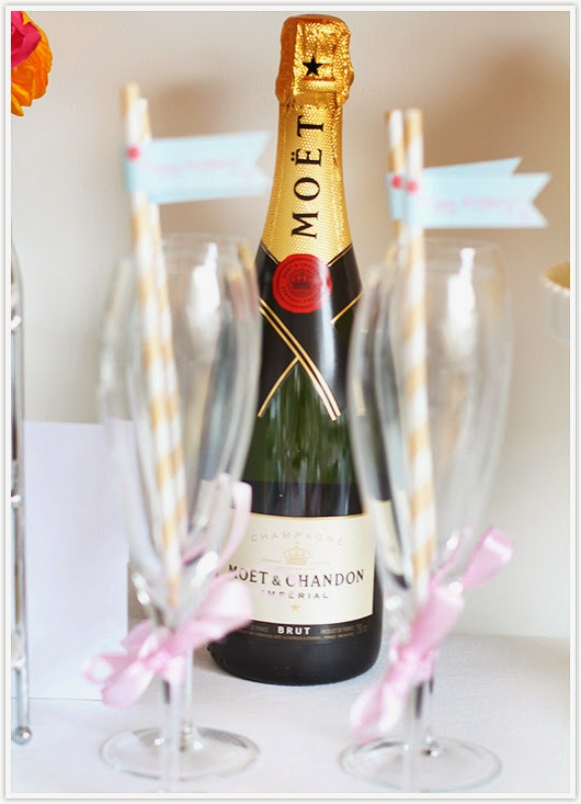 Champagne straw flags by Paper & Party Love
