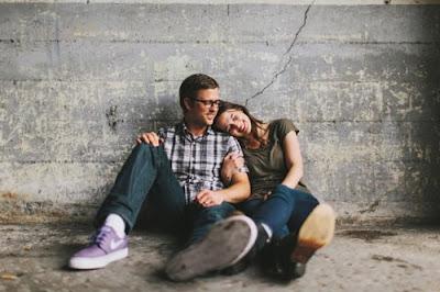 6 Kebahagiaan Pasangan Yang Dapat Langgeng Meski Jarang Ketemu