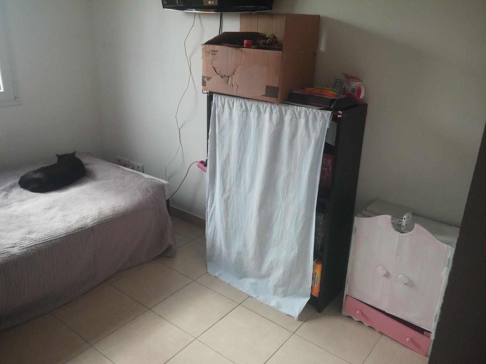 Une chambre dans un dressing milune la vie d 39 une nounou for Chambre trop seche