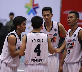 Tim basket UKSW Salatiga / Catatan Adi
