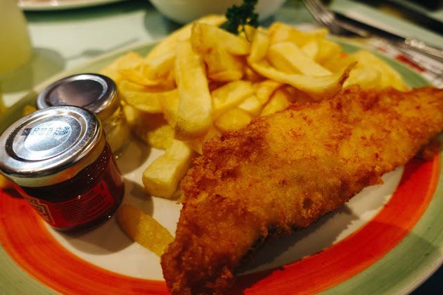 ポピーズ・フィッシュ&チップス(Poppies Fish & Chips)