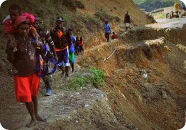 Delapan Korban Tanah Longsor di Apalapsili Belum Dievakuasi