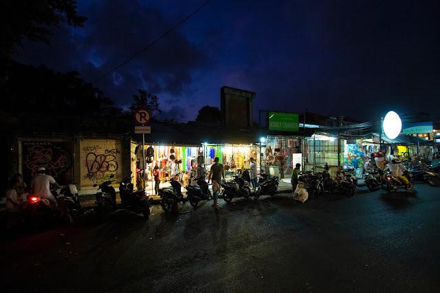 Monkey forest road, Ubud-Bali