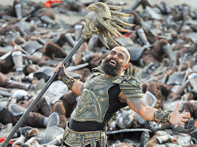 Karthi Looks and images from Kaashmora