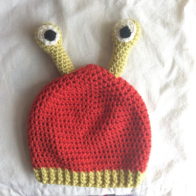 Alien hat by SallyStrawberry