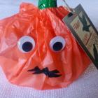 http://cosasmonasm.blogspot.com/2018/10/empaquetar-galletas-para-halloween.html