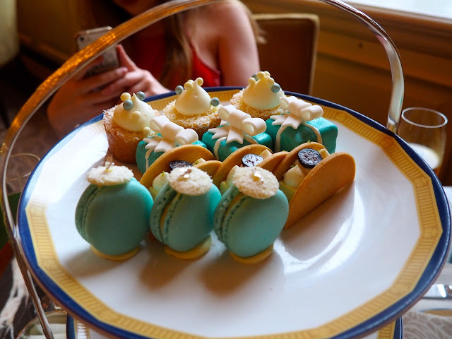 Cakes and Fancies layer of the Tiffany's Afternoon Tea at The Peninsula, Hong Kong