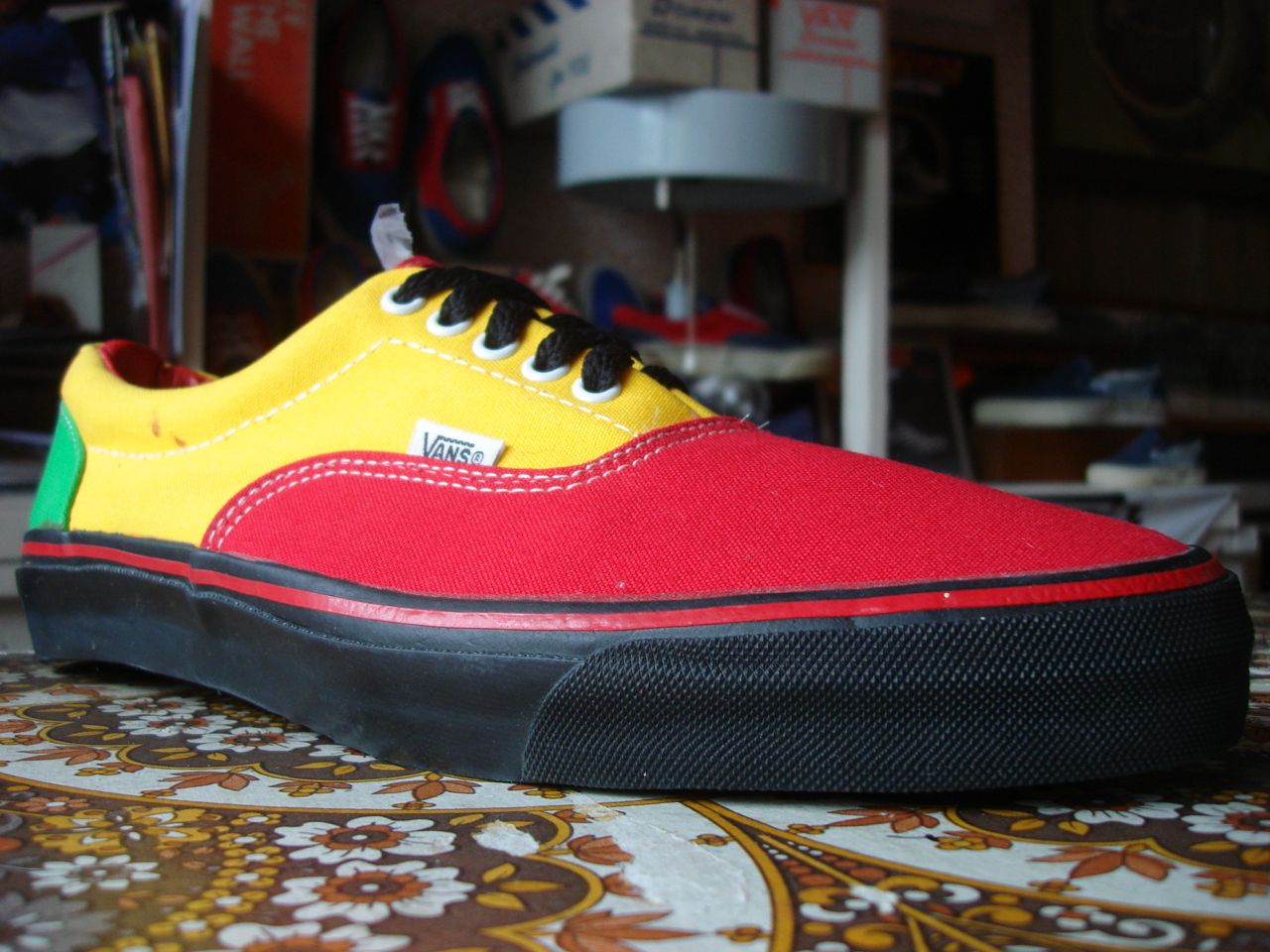 33132936551a01 vintage vans style  95 era 3-tone rasta canvas made in usa circa 1990 new  (without box) US13 UK12-12.5