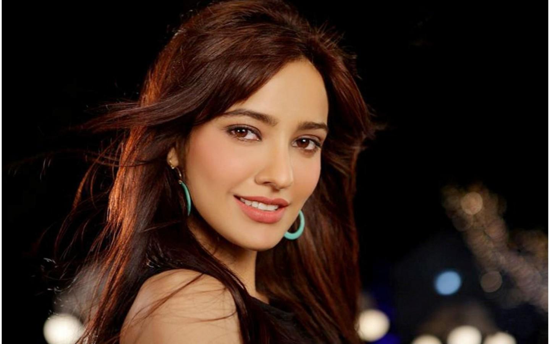 Super Cute Actress Neha Sharma Hot Pics