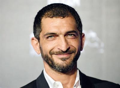 بلاغ لنيابة أمن الدولة ضد عمرو واكد بتهمة احتجاز مواطن وصعقه بالكهرباء وهتك عرضه