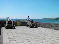 cannons defending plymouth harbour and citadel