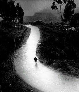 yağmurlu, bulutlu, buhranlı, düşünceli, patika, topra yol, hatırlamak, susmak, Şemsi Tebrizi,