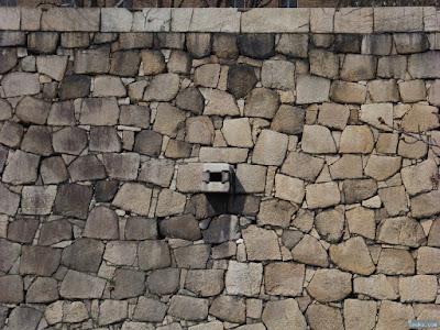 石垣排水口
