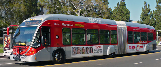 Ônibus Metro Rapid em Los Angeles