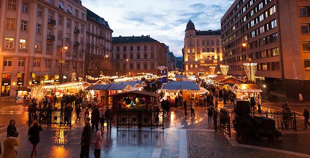piazza-basilica-mercatini-budapest-poracciinviaggio