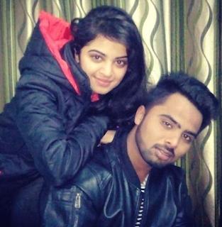 Foto Roshni Sahota dengan kakaknya Charandeep Singh Sahota
