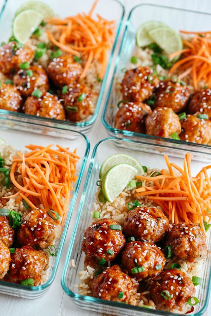 Honey Sríracha Glazed Meatballs