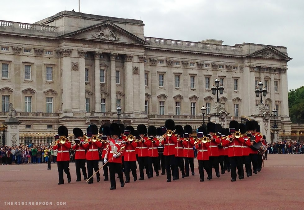 Buckingham Palace, London, England | therisingspoon.com