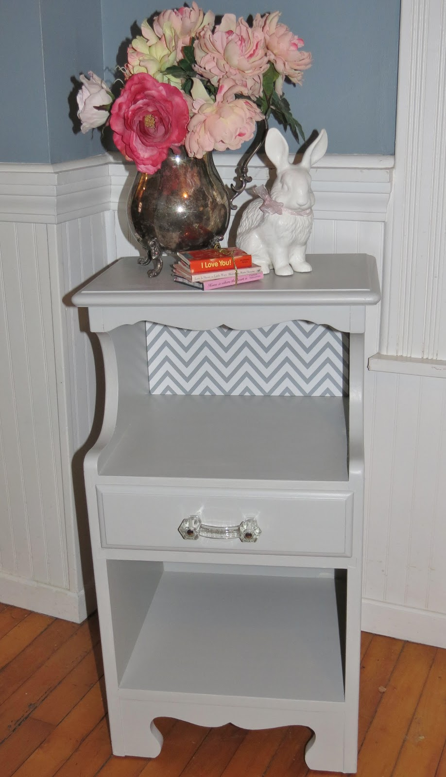 While I Linger: A Yard Sale Night Stand