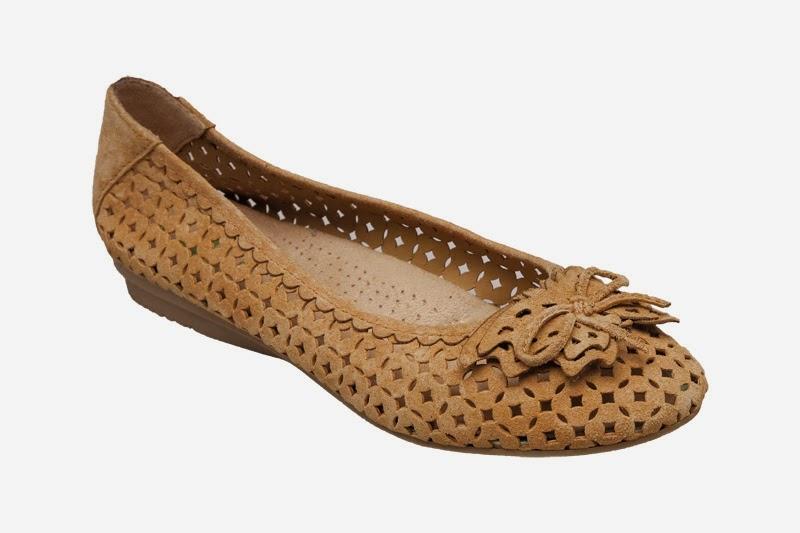 9597b4b6542 Lékárna Salvia - Česká Lípa  Dámská zdravotní obuv od firmy SANTÉ ...