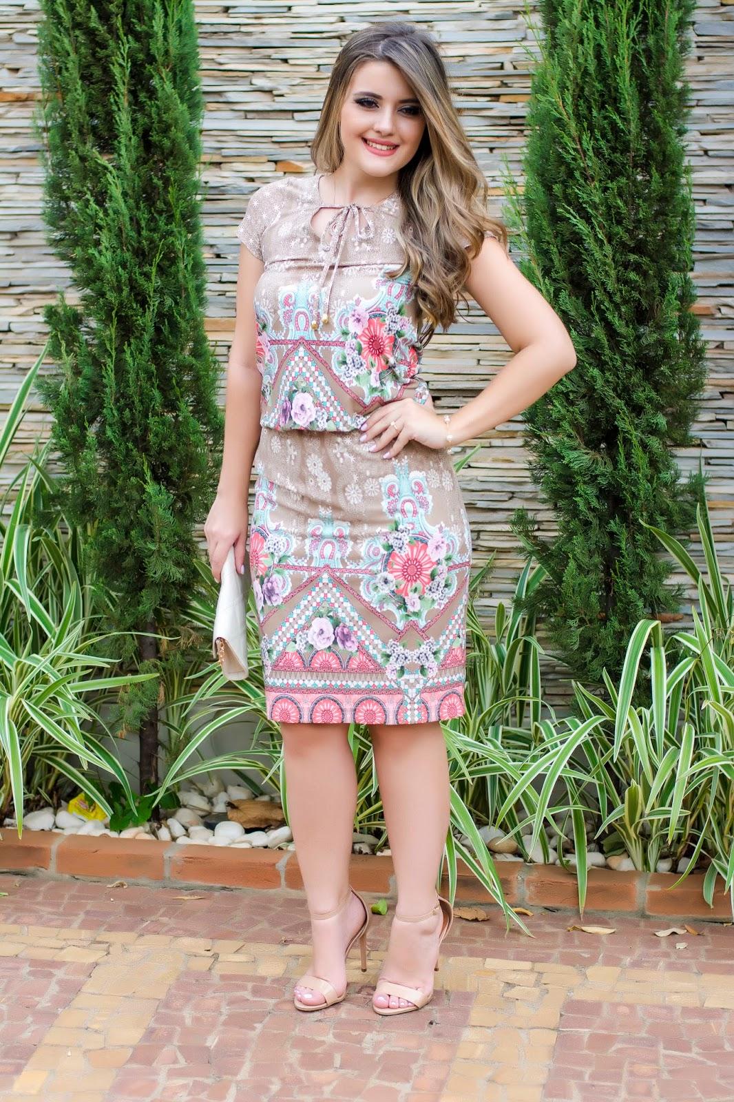 2b49fff517 Blog da Lari  Meu look  Vestido Estampado - Ellas Modas