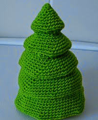 http://www.ravelry.com/patterns/library/tiered-christmas-tree