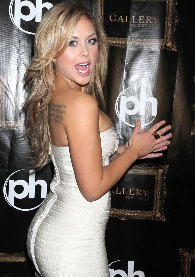 Dead Scared  Playboy Cover Girl Brittney Palmer-7619