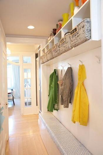 Colgar abrigos en poco espacio