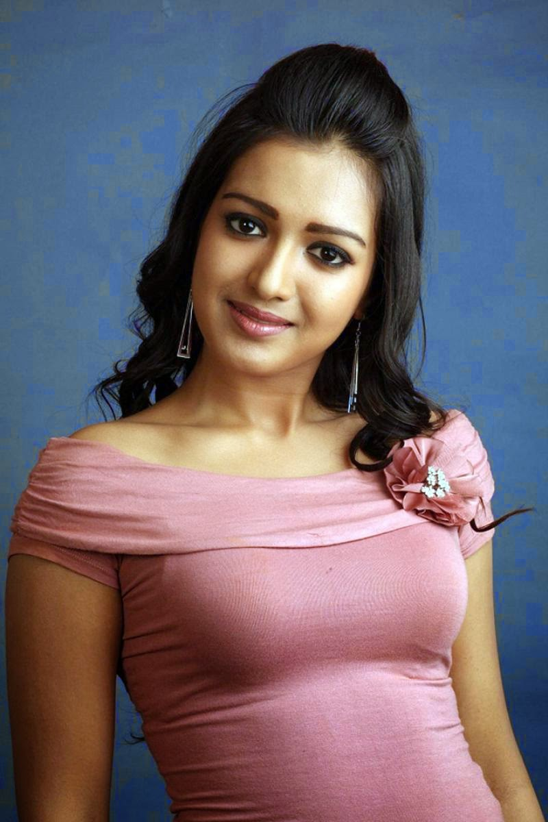 Fappening Catherine Tresa  nudes (38 fotos), 2019, cleavage