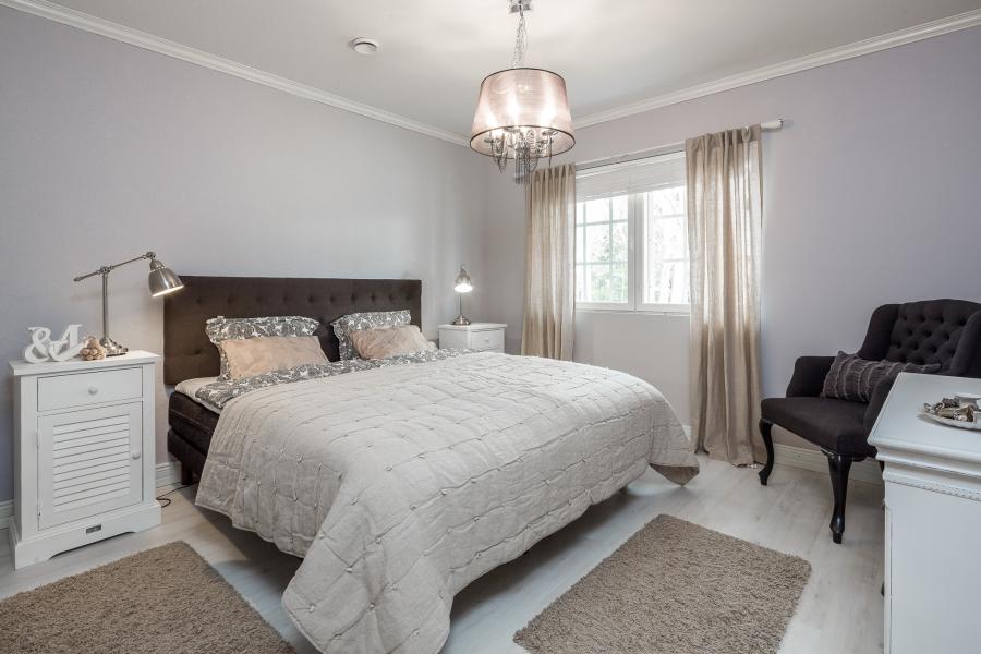 Przytulna kuchnia w stylu prowansalskim, wystrój wnętrz, wnętrza, urządzanie mieszkania, dom, home decor, dekoracje, aranżacje, styl prowansalski, provencal style, sypialnia, bedroom