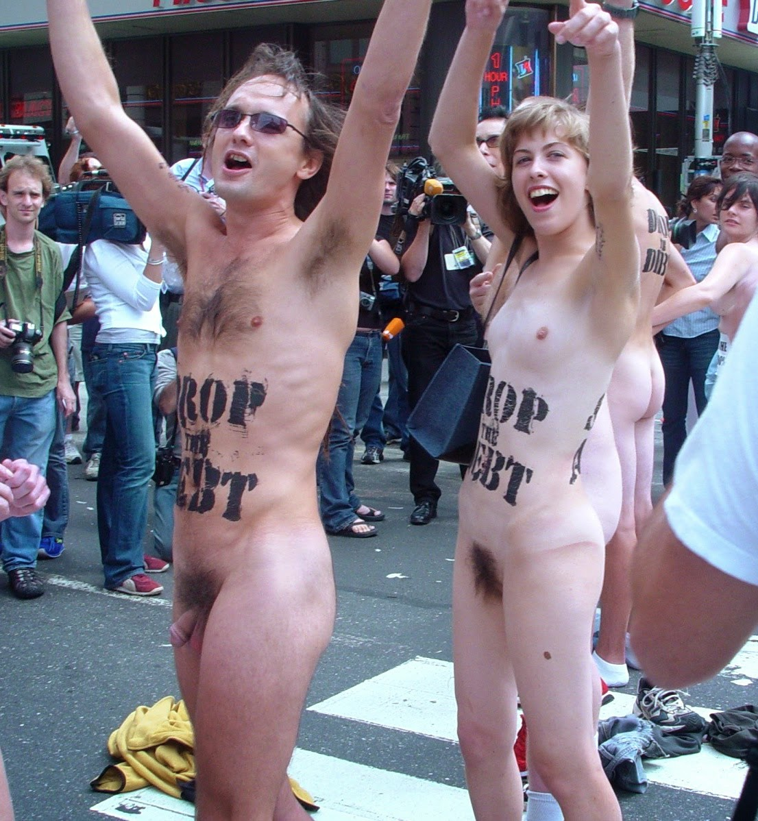 Nudism - Photo - HQ : Naked Protesters