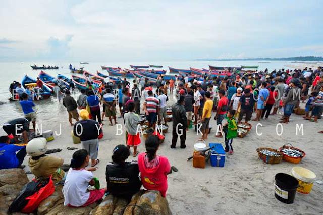 nelayan desa rebo provinsi bangka belitung